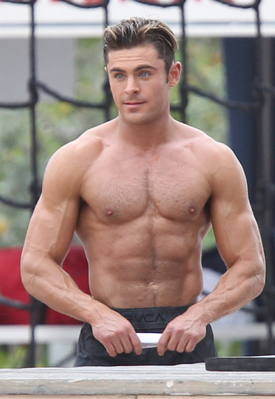 zac-efron-blesses-us-by-showing-off-his-rock-hard-abs-ftr