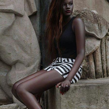 Black-Lady2