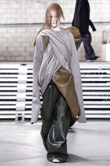 collections_cover_Rick-Owens-Men-FW17-Paris-1018