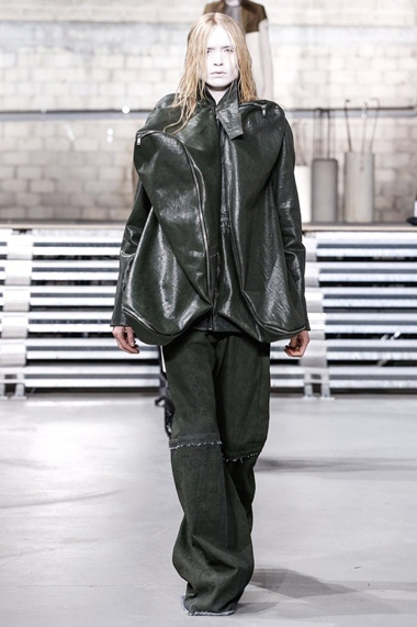 collections_cover_Rick-Owens-Men-FW17-Paris-1023