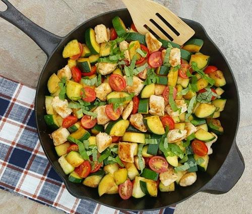Garlic-Margherita-Chicken-Zucchini-Recipe